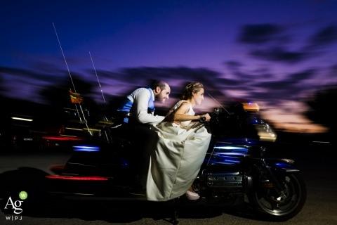 Toni Miranda is an artistic wedding photographer for Alicante