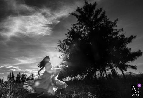 Trung Dinh is an artistic wedding photographer for Da Nang