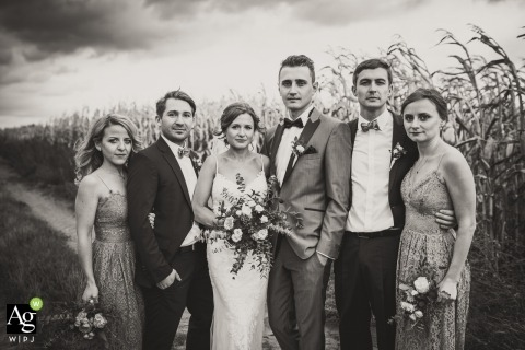 Monique De Caro is an artistic wedding photographer for