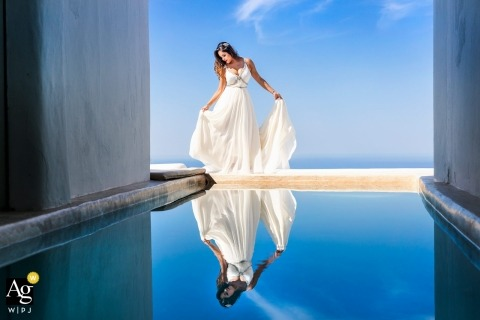 galanopoulos photography for brides | creative and artistic wedding pictures by Santorini photographer