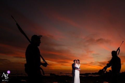 Creative and artistic wedding pictures at sunset | California portrait photographer