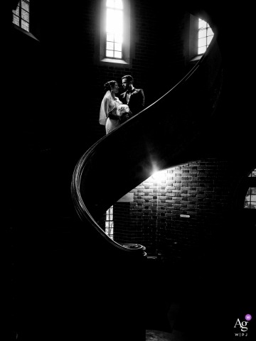 Virginia wedding photographer portrait of couple on a staircase
