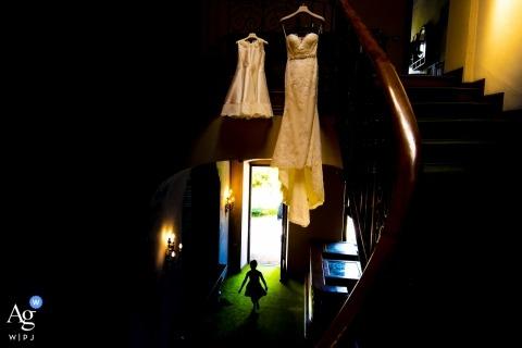 Lombardei Bilder von einem kreativen Hochzeitsfotografen | Detail der Braut- und Flowergirlkleider