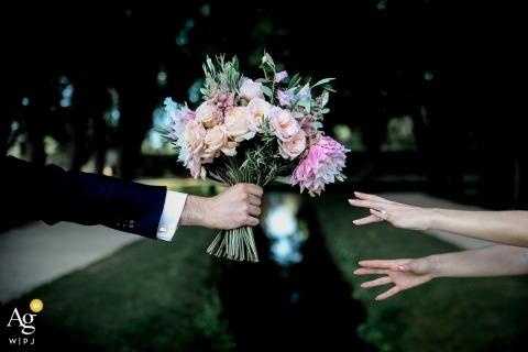 Julien Laurent Georges jest artystycznym fotografem ślubnym dla