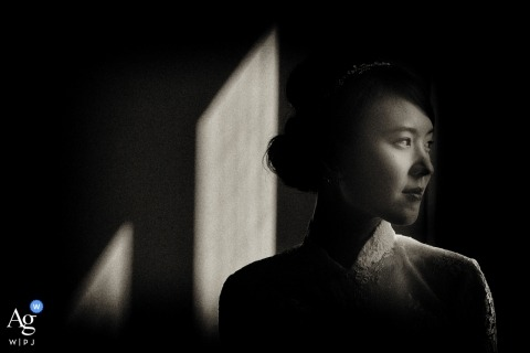 Four Season in Florence wedding photographer | Black and white portrait of the japanese bride