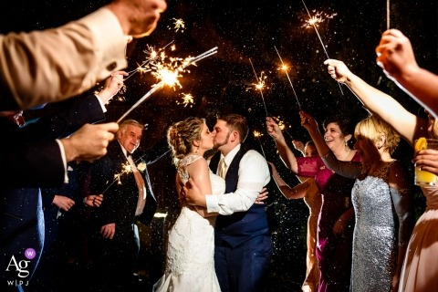 Kelly Giardina is an artistic wedding photographer for New Jersey