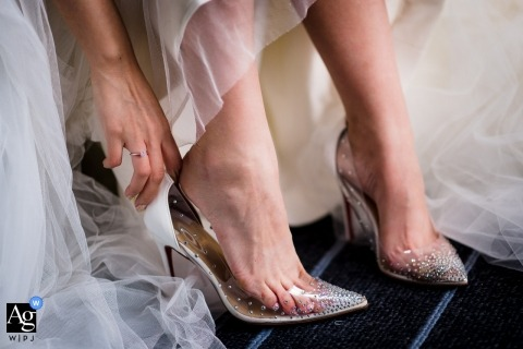 Da Nang wedding detail shot of The shoes
