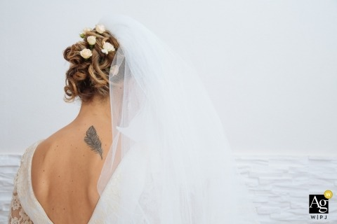 Alessandro Castelli is an artistic wedding photographer for Siracusa