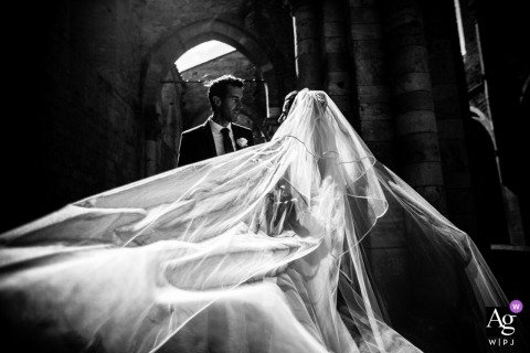 Tenuta di Papena Bride and Groom portrait | Tuscany wedding photographer