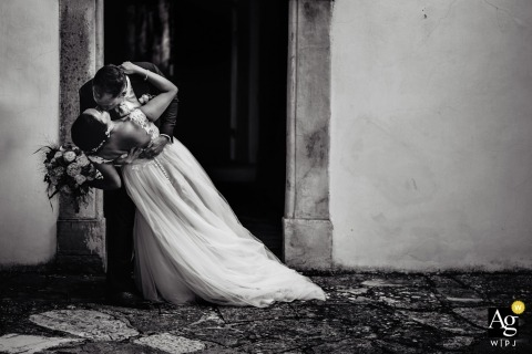 Villa Montefiano, Florence - Wedding photography portrait of the bride and groom in Florence