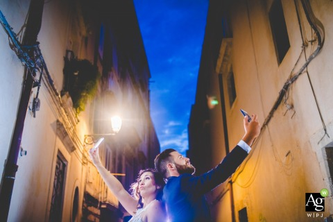 Casal Sikelio - Cassibile (italy) | Wedding day portrait photo of the bride and groom in love in sicily