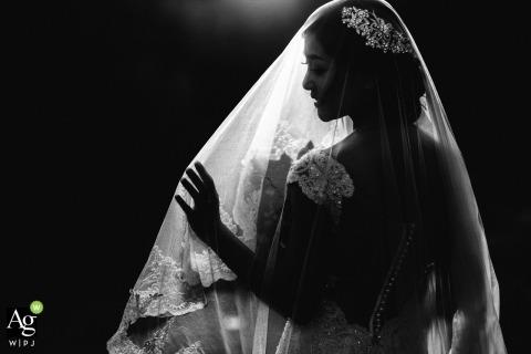 Ho Xanh wedding day portraits | This photo of the bride was taken at Da Nang