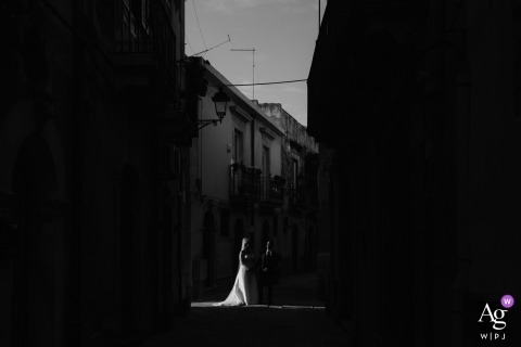 Alessio Camiolo is an artistic wedding photographer for Siracusa