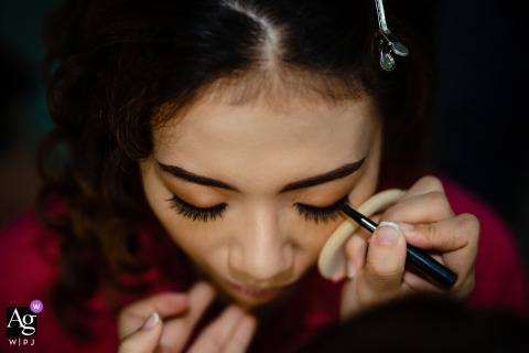 Ho Chi Minh City Wedding Day Photography - Final details in the makeup
