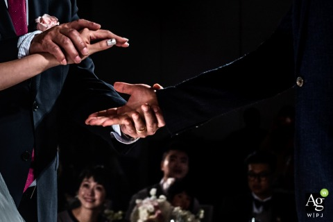 Guangzhou Dad Handover of Brides hand to the Groom - China Wedding Photo