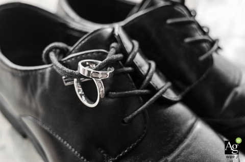 Fuzhou home wedding photography - Detail of the man shoes and rings.