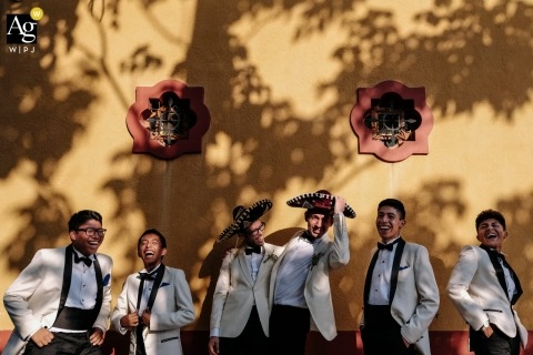 Nikhol Esteras is an artistic wedding photographer for Oaxaca