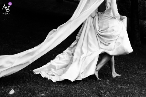 Baserri Maitea, Bizkaia, Spain wedding detail image of the barefoot bride and her dress