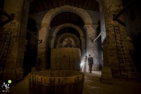 Villa Fegotto wedding venue photo | Passeggiata in cantina | Portrait of the Bride and Groom indoors
