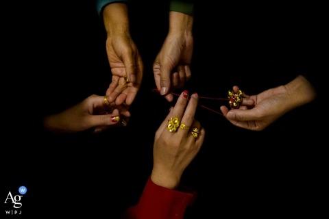 Fujian Ring Inheritance detail photo on wedding day.