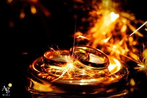 Tenuta di Polline - Lago di Bracciano - Italy Wedding rings flared by sparkle
