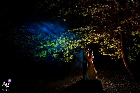 Florilympha in de Lutte, The Netherlands wedding photographer:  We left the party to create this colorful picture!