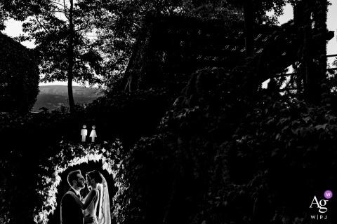 莊園藍花car蒲新娘和新郎肖像在洗禮-婚禮當天攝影