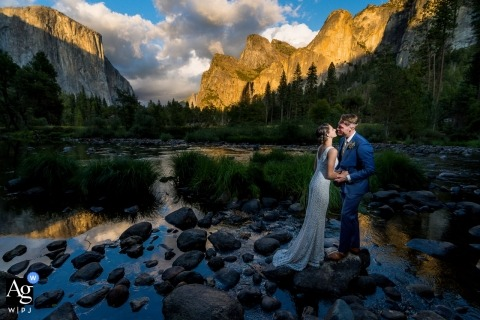 Yosemite National Park wedding photo pictures | Couple beside the river.