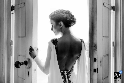 Bursa Bride with Dress Back Details - Photographie de mariage et beaux-arts
