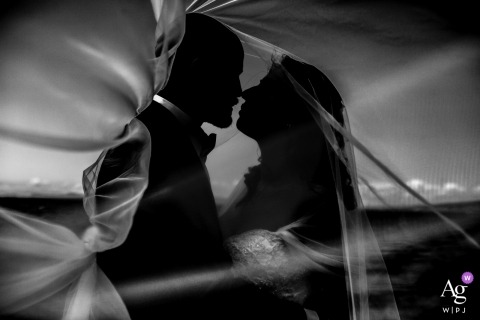 Campania Outside Wedding - Couple portrait session in black and white