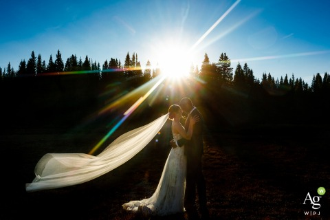 Post Ceremony Portraits	 in Colorado | Chasing the last bit of light with the bride and groom | Couple Photography on Wedding Day