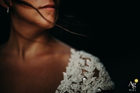 Taranto wedding photographer |  The bride's face caressed by the wind