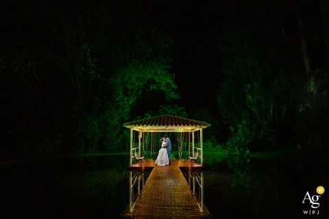 Brazil wedding photographer - Aldeia das Flores portrait at night
