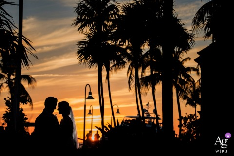 Westin Key West | Sunset Beauty Creative Portrait bij zonsondergang van de bruid en bruidegom