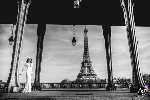 Paris - Bridge Bir-Hakeim | Bride Portrait on wedding day