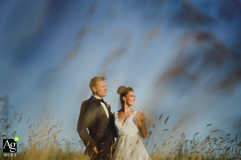 Free Photo Session - Chianti, Tuscany - ITALY | Portrait of the newlyweds in the wheat fields of the Tuscan Chianti