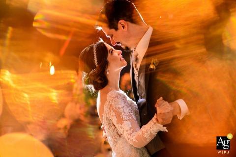 Campinas creatieve paar dansen foto op de trouwdag