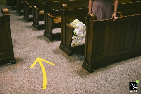 Sainte-Madeleine Church, Montreal fine art wedding detail picture of the covid floor arrows during the church ceremony