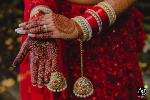 Leamington Spa wedding detail photography showing off the Indian Bridal Henna and Jewelry