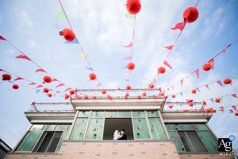 Retrato artístico da casa dos noivos na cidade de Hangzhou no dia do casamento