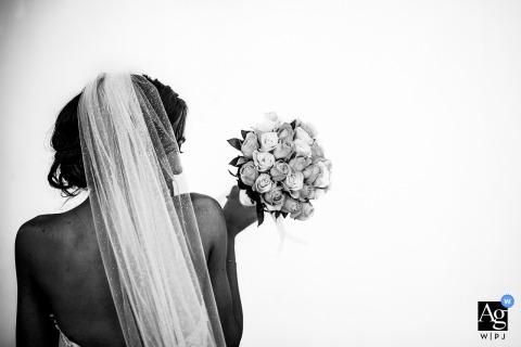 Palácio de Aglika, Zhrebchevo, Bulgária, retrato da noiva no dia do casamento em um fundo branco
