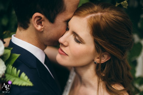 Foto artística do casamento em Chicago, Illinois, após a cerimônia, quando tudo estava calmo
