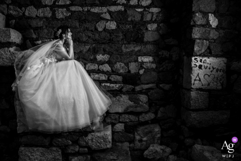 Izmir Karsiyaka Nikah Salonu, Turkey artistic wedding day portrait session in b&w with the bride alone