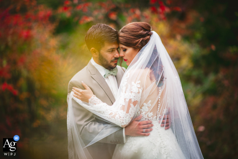 Seeheim Jugenheim artistic wedding photo with bright Autumn Colors
