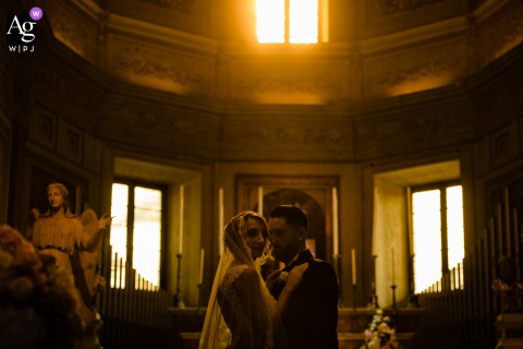 Rome wedding portrait taken in the Montorio Church in Italy