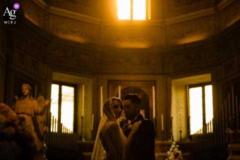 Retrato de casamento em Roma tirado na Igreja de Montorio, na Itália