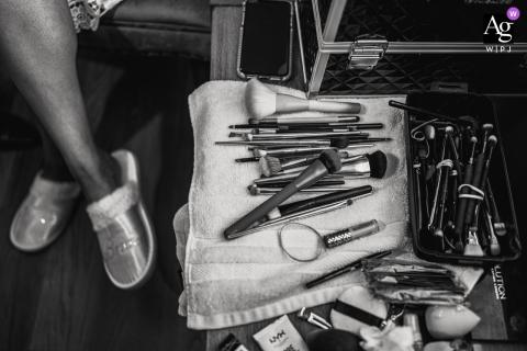 Tennessee mariage détail image d'un pinceaux de maquillage utilisés pour la mariée se prépare à Lenoir City