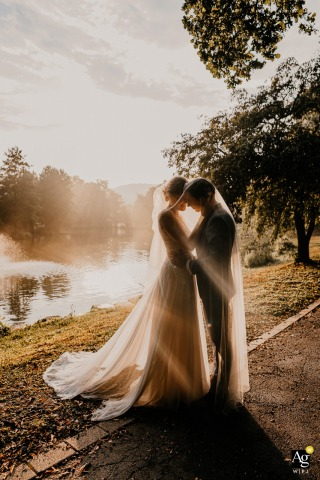 Hotel VierJahreszeiten, Iserlohn, Germany artistic wedding photo of a Bridal couple shoot at golden hour