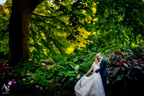 Mannheim creative couple wedding portrait in the garden of love