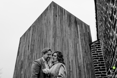 Chicago Board of Trade couple posing for wedding images